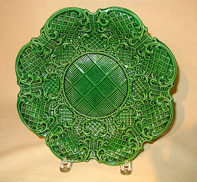 Accessories<br>Archives<br>SOLD   Green-Glazed Molded Dish