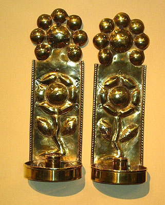 Metalware<br>Archives<br>A Fine Pair of English Brass Sconces