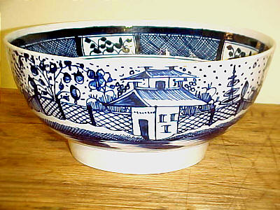 Ceramics<br>Ceramics Archives<br>SOLD   Chinese House Decorated Pearlware Bowl