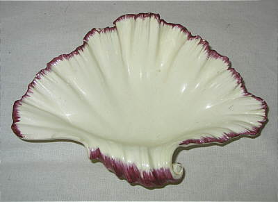 Accessories<br>Archives<br>SOLD   Pair of Creamware Shell-edged Shell Dishes
