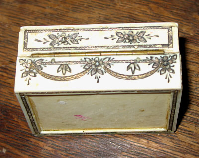 Accessories<br>Accessories Archives<br>SOLD   LOVELY FRENCH IVORY AND MOTHER-OF-PEARL BOX