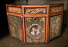 An amazing 18th century paper filigree tea caddy.