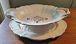 Creamware Fruit Dish and Stand
