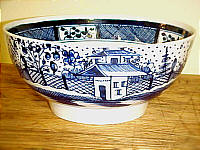 SOLD   Chinese House Decorated Pearlware Bowl